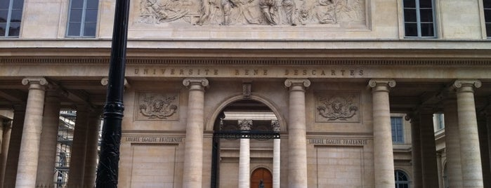 Faculté de Médecine Paris Descartes is one of Fabioさんの保存済みスポット.