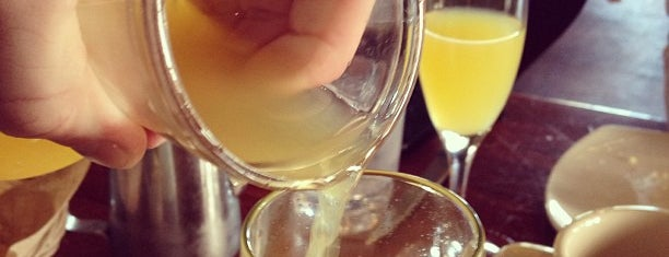 CIRCA is one of SF Bottomless Brunches.