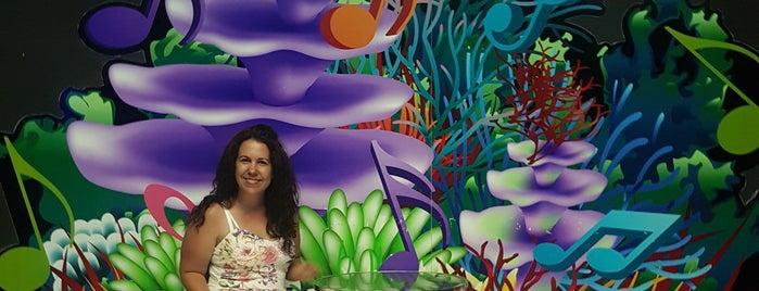 Antalya Aquarium is one of Orte, die Emma gefallen.