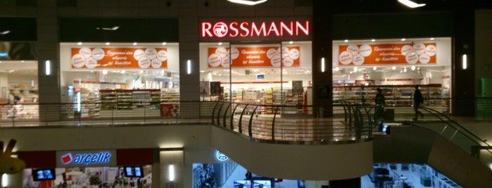 Rossmann is one of Lugares favoritos de Mehmet Nadir.
