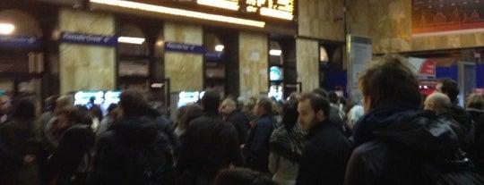 Stazione Bologna Centrale is one of Top 100 Check-In Venues Italia.