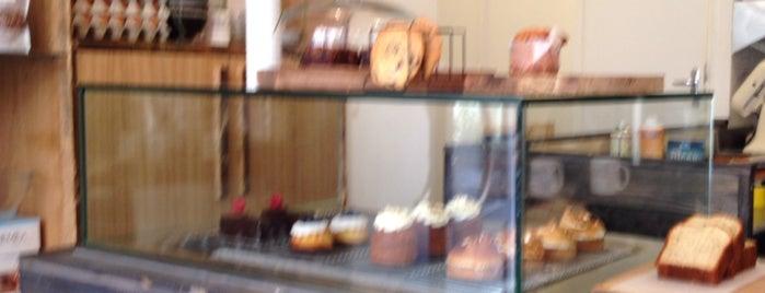 Broken Biscuits is one of Bakery in Paris.