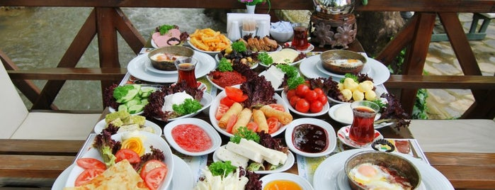 Dere Bahçe Restaurant is one of Favorite Food.