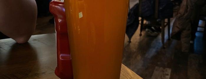 Village Brewing Company is one of Posti che sono piaciuti a Divy.