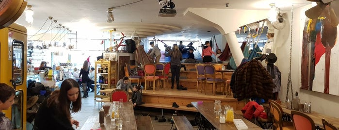 Schoko Fabrik Workshops Crepes Waffeln und Mehr is one of Tempat yang Disukai Irakli.
