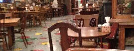 Crane's Pie Pantry Restaurant is one of สถานที่ที่ Chris ถูกใจ.