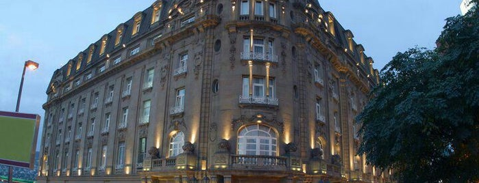 Gran Hotel Ancira is one of Locais curtidos por Ulises Omar.