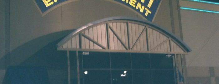 Main Event Entertainment is one of สถานที่ที่ Nourah ถูกใจ.