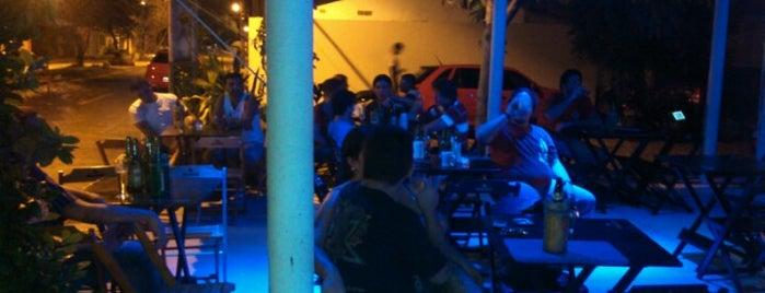 Bar do Clóvis is one of Tempat yang Disukai Raniele.