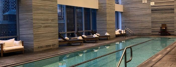 Indoor Pool is one of Locais curtidos por Khalil.