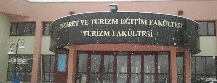 Turizm Fakültesi is one of สถานที่ที่ Suheyla ถูกใจ.