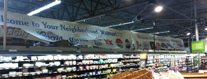 Walmart Neighborhood Market is one of Lugares favoritos de Aaron.