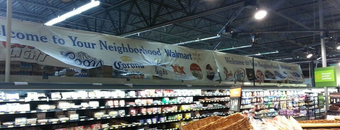 Walmart Neighborhood Market is one of Locais curtidos por Aaron.