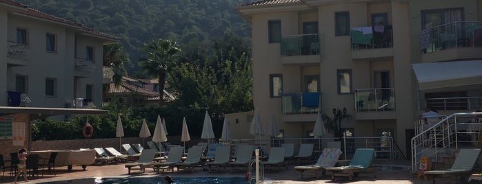 Belcehan Deluxe Hotel is one of Kubilay : понравившиеся места.