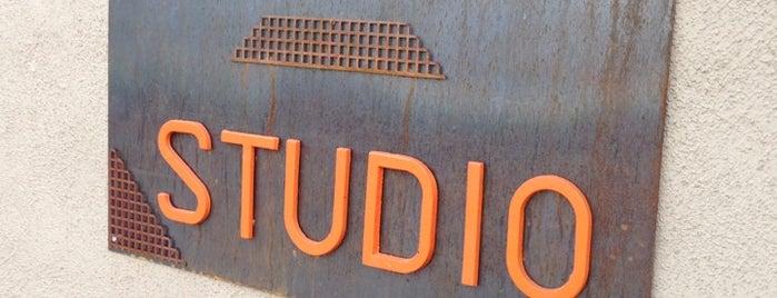 Phys. Ed. Studio is one of Tempat yang Disukai Kelly.