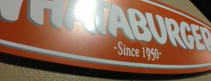 Whataburger is one of สถานที่ที่บันทึกไว้ของ Raul.