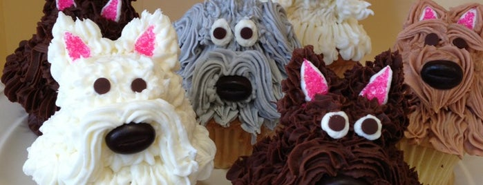 Cupcakes by Heather & Lori is one of Yumyum.