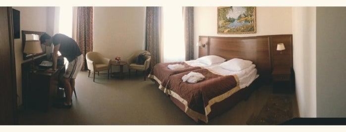 Гостиничный комплекс «Любим» is one of Mariaさんのお気に入りスポット.