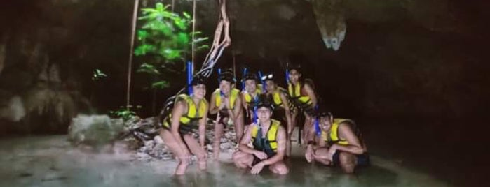 Cenotes Sac Actun is one of Orte, die Jazmin gefallen.
