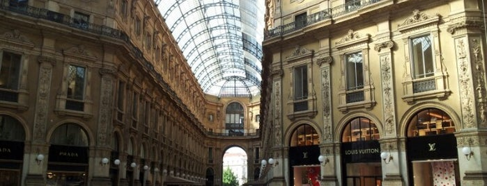 Galleria Vittorio Emanuele II is one of arte e spettacolo a milano.