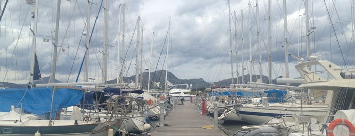 Marina Di Olbia is one of Tempat yang Disukai Mariagrazia.