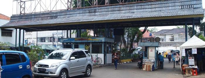 Pasar Mayestik is one of Kawasan Pasar Mayestik.