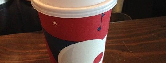 Starbucks is one of Locais curtidos por Benjamin.