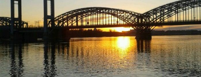 Финляндский железнодорожный мост is one of Stanislav : понравившиеся места.