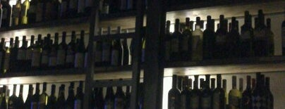 Fabrica De Vino is one of Live in Athens.