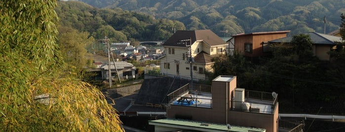 中央道相模湖 下り is one of สถานที่ที่ Tatsuzo ถูกใจ.