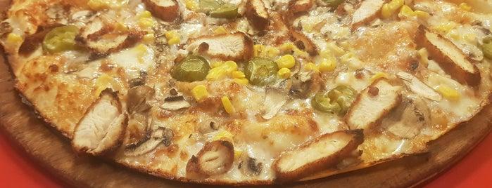Grill'ays pizza is one of Bengisu 님이 좋아한 장소.