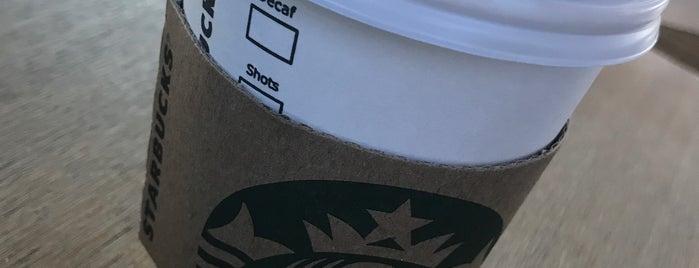 Starbucks is one of Onur'un Beğendiği Mekanlar.