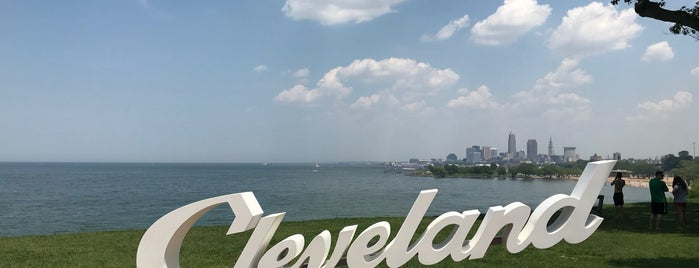 Cleveland Script Sign is one of CLE Public Art.