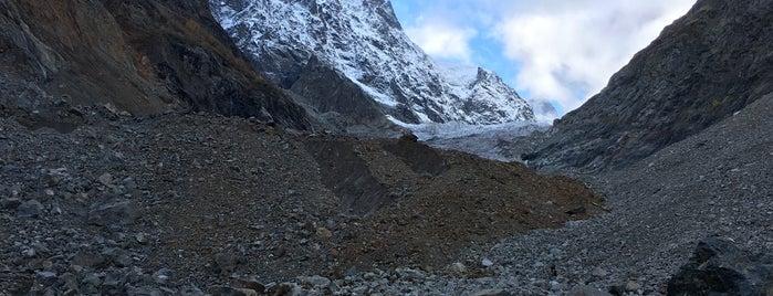 Tchalaadi Glacier | ჭალაადის მყინვარი is one of Galina'nın Kaydettiği Mekanlar.