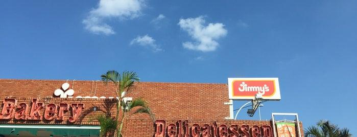 Jimmy's 嘉手納店 is one of Окинава.