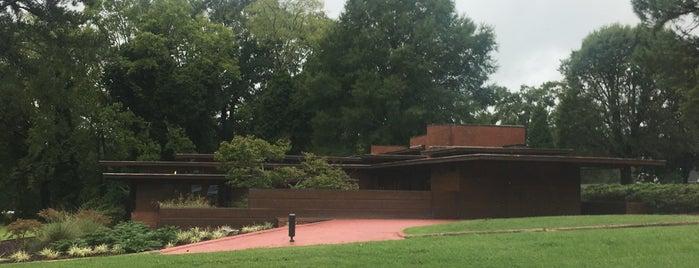 Frank Lloyd Wright - Rosenbaum House is one of Frank Lloyd Wright.