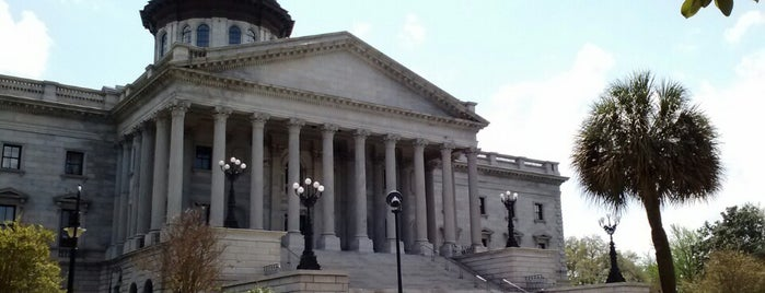 South Carolina State House is one of Samah'ın Beğendiği Mekanlar.