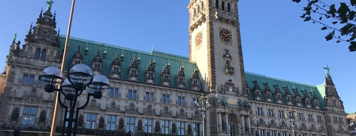 Hamburg Town Hall is one of To-visit in Hamburg.