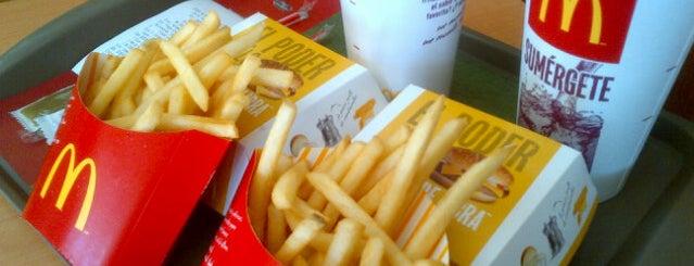 McDonald's is one of Lugares favoritos de Paoxz.