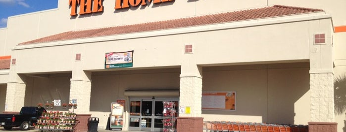 The Home Depot is one of David 님이 좋아한 장소.