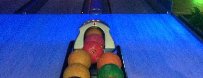 Maxipark Bowling is one of Orte, die VOLKAN gefallen.