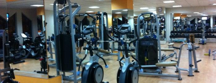 Pro Life Fitness Center is one of Tempat yang Disukai Ömer.
