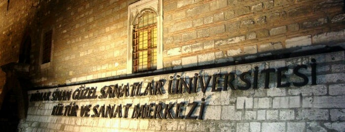Mimar Sinan Güzel Sanatlar Üniversitesi is one of İstanbul'daki Üniversite ve MYO'ların Kampüsleri.