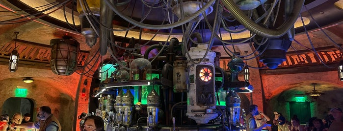 Oga's Cantina is one of Nathanさんのお気に入りスポット.