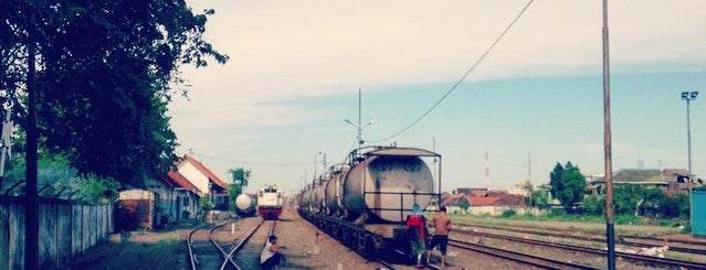 Stasiun Benteng is one of Surabaya train station.