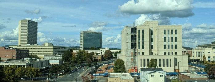 Downtown Greenville is one of Bribble 님이 저장한 장소.