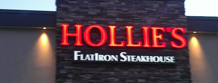 Hollie's Flatiron Steakhouse is one of Posti salvati di DeAnn.