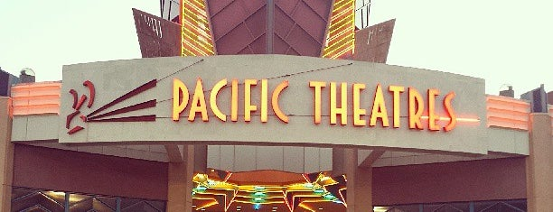 Pacific Theatres Winnetka 21 is one of Orte, die Chad gefallen.