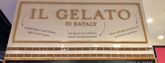Il Gelato @ Eataly is one of Favoritos em New York.