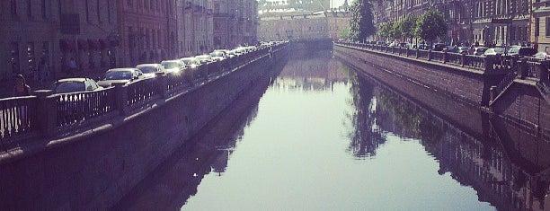Вознесенский мост is one of Мосты Санкт-Петербурга.